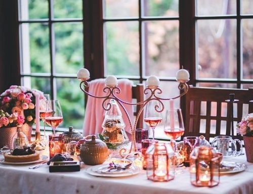 How To Throw A Special Romantic Dinner Party For Two