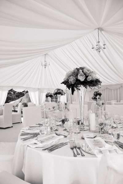 Tent-wedding-white-theme-1