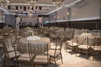 why decide on chiavari chairs rental options for your wedding