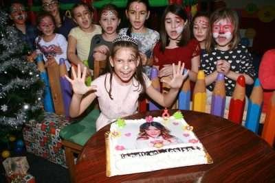 Party Rentals Miami birthday party backdrop ideas