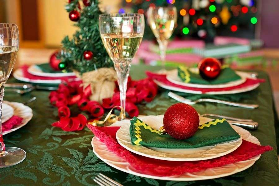 24 Hours Party Rental Christmas party tips