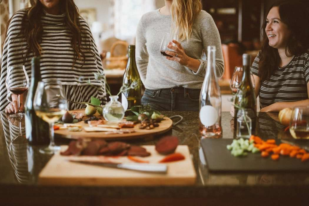 Dinner party planning tips