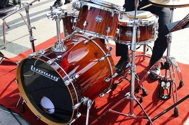 drum kit equipment rentals