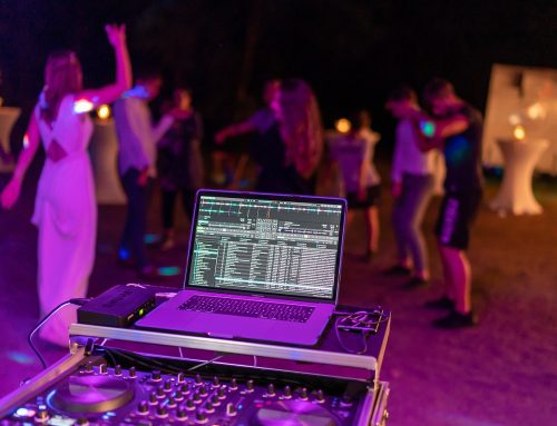 Hire the Right Miami DJ Service for your Lovely Wedding!