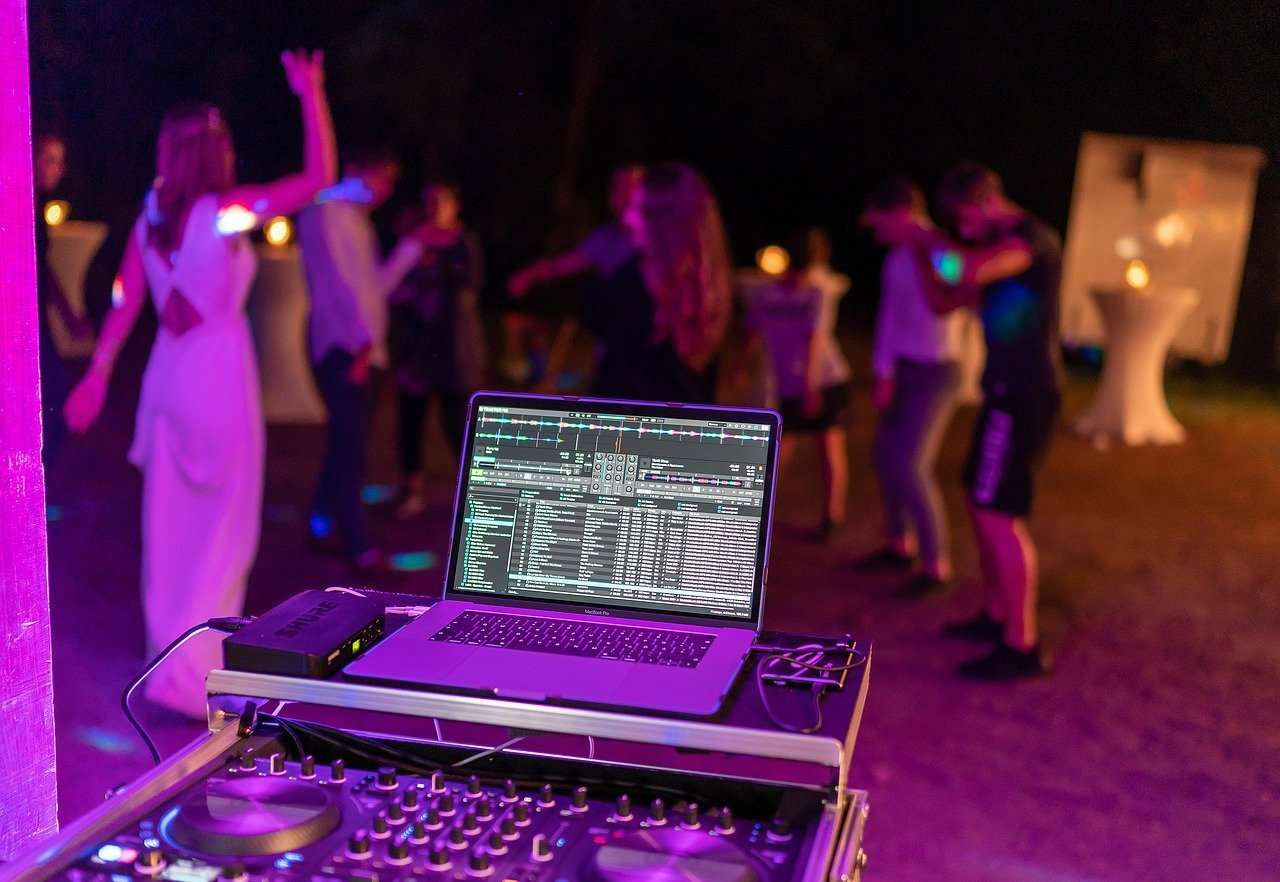 Miami DJ service