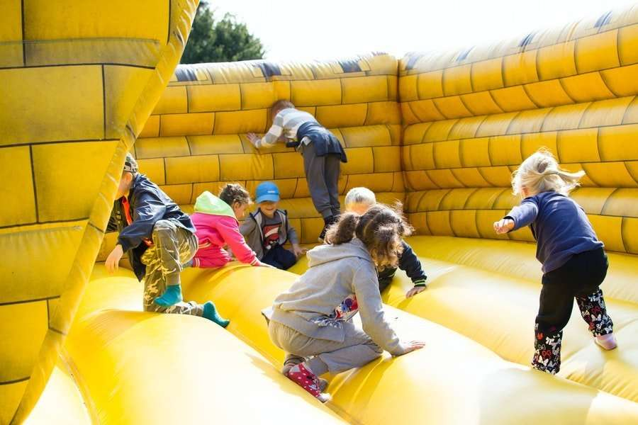 inflatable castle rental children party tips