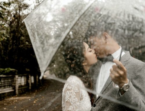 5 Outdoor Wedding Tips and Weather Considerations