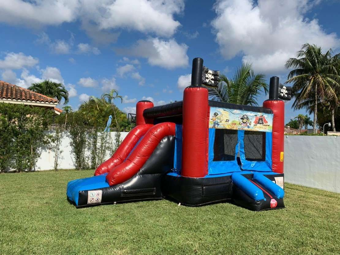 birthday inflatable castle party