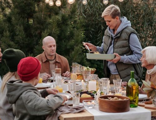 How to Throw the Best Outdoor Party without Bugs?